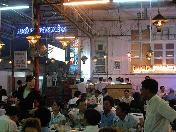 Crowded Vietnamese restaurant