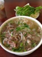 pho beef bowl 225x3001 150x200 Pho Restaurants in the United States   Pho on the Move